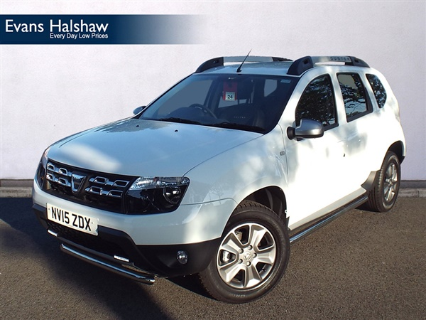 2015 dacia duster 1 5 dci 110 laureate 5dr 4x4 in glacier whitedemonstrator for sale in. Black Bedroom Furniture Sets. Home Design Ideas