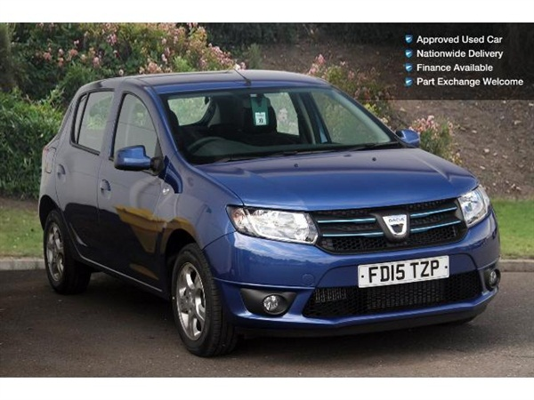 2015 dacia sandero 1 5 dci laureate 5dr diesel hatchback in blue for sale in nottingham for 8 995. Black Bedroom Furniture Sets. Home Design Ideas