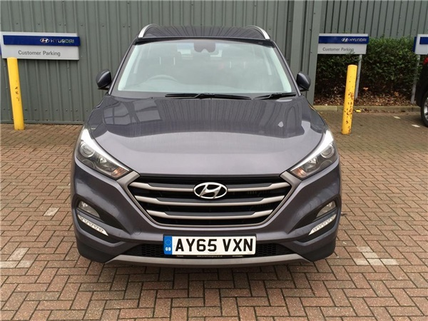 used 2015 hyundai tucson 1 7 crdi 116 blue drive se nav. Black Bedroom Furniture Sets. Home Design Ideas