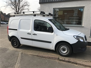 Large image for the Used Mercedes-Benz  YT180